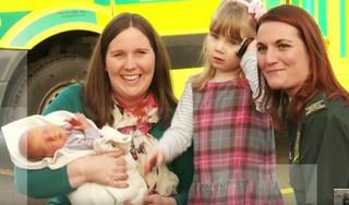 妊娠中の母とお腹の子を救った3歳の女の子の勇気ある行動に感動
